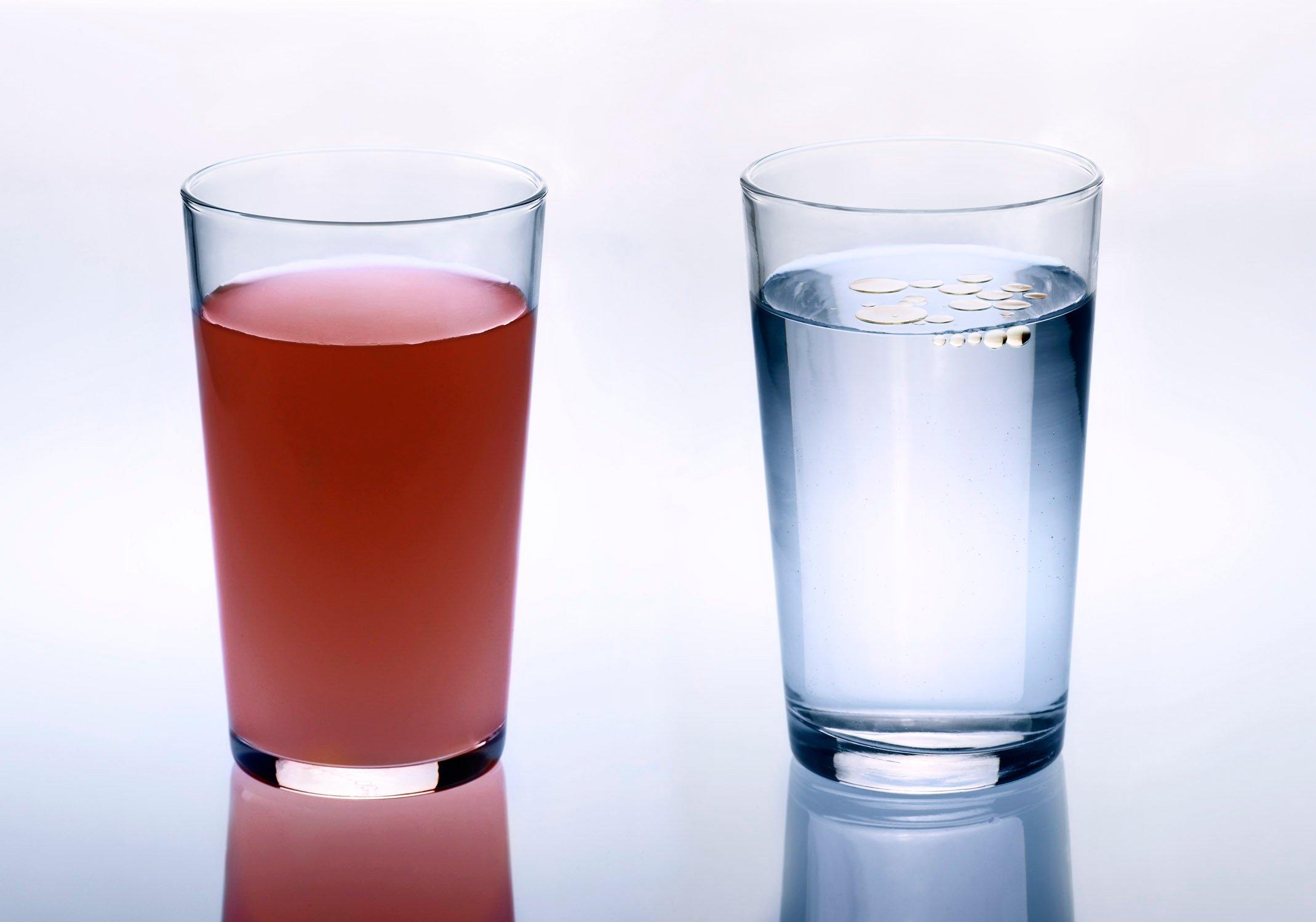 krill oil vs fish oil in water.jpg